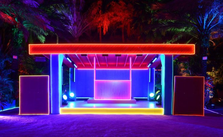 Neon pop up bar